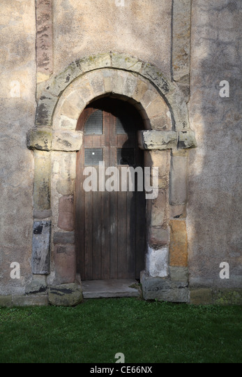 Anglo Saxon doorway of the 10th century, St Peter's Church, Barton Upon Humber, Lincolnshire. - Stock-Bilder