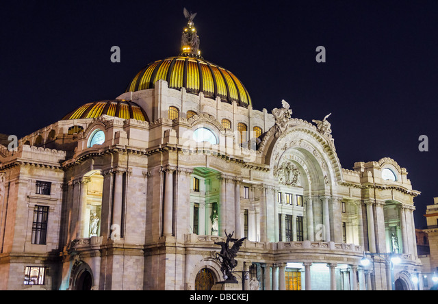 Palace of Fine Arts in Mexico City seen at night - Stock Image