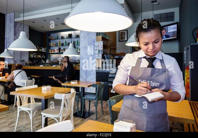 Madrid Spain Europe Spanish Plaza de la Independencia Cafe & Tapas restaurant cafe business casual dining franchise - Stock Image