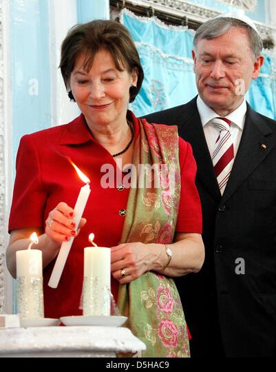 Bundespräsident Horst Köhler und seine Frau Eva Luise besuchen am Freitag (05.02.2010) in Mumbai in Indien - Stock-Bilder