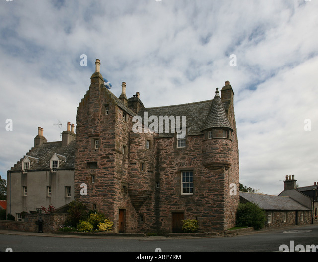 wallpaper images for living room castle historic fordyce aberdeenshire stock photos 20950