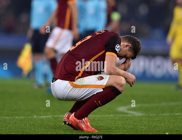 Rome, Italy. 10th Dec, 2015. Edin Dzeko of Roma reacts during the UEFA Champion's League football against Bate - Stock-Bilder