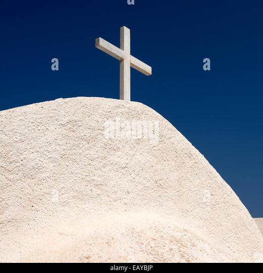 Church in Kamari on the island of Santorini in Greece. - Stock Image