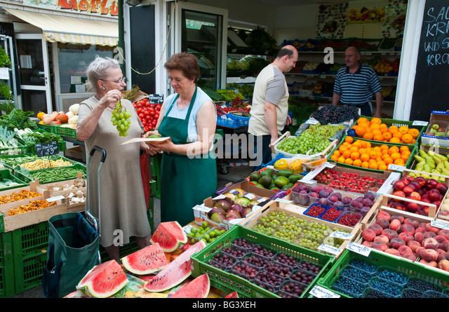 Karmelitermarkt, Wien, Österreich | Karmeliter Market, Vienna, Austria  - Stock Image