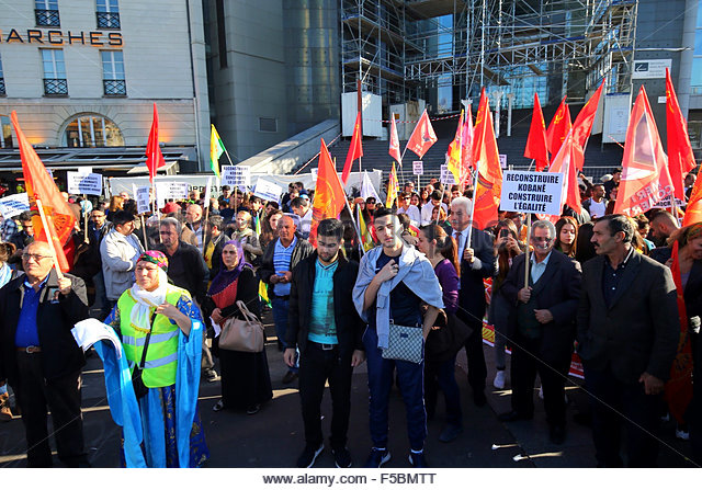 Paris, France. novembre 1st, 2015. FRANCE, Paris: People during a pro kurdish demonstration in support to Kobane, - Stock Image