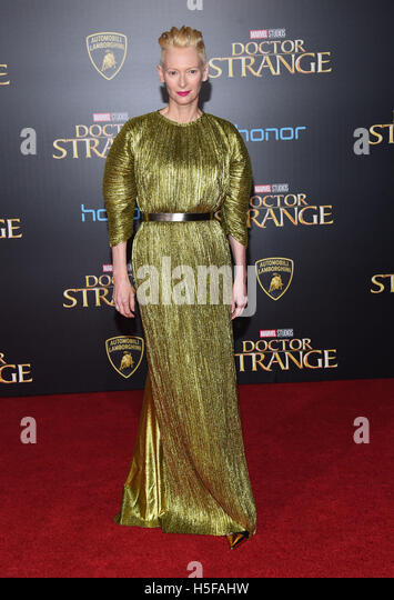 Hollywood, California, USA. 20th Oct, 2016. Tilda Swinton arrives for the premiere of the film 'Doctor Strange' - Stock Image