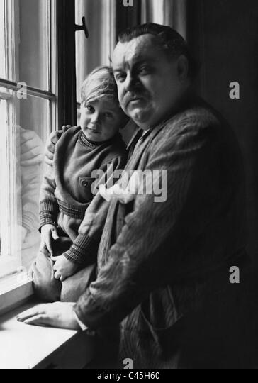 Heinrich George with son Albert George, 1934 - Stock Image