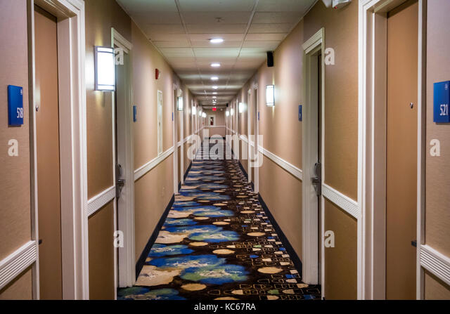 Silver Spring Maryland Holiday Inn Express hotel hallway hall room doors interior - Stock Image