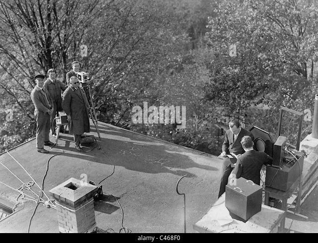 UFA newsreel films Manfred von Ardenne, 1930 - Stock Image
