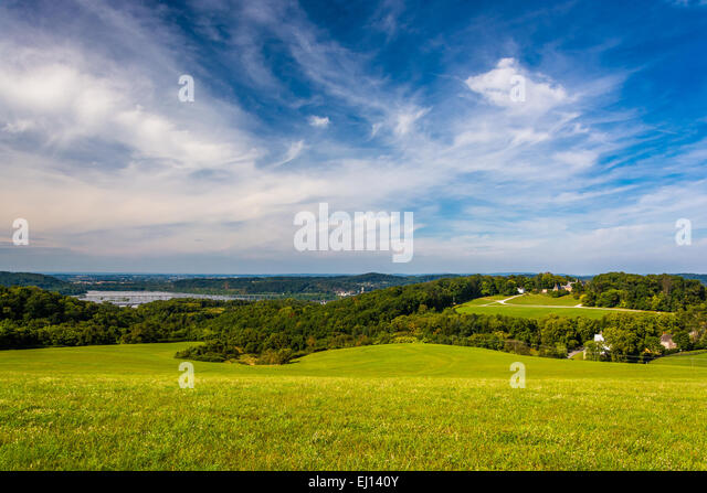 View of rolling hills and the Susquehanna River from High Point in Eastern York County, Pennsylvania. - Stock Image