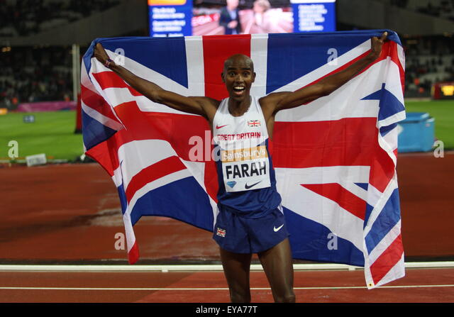 London, UK. 24th July, 2015. Mo Farah celebrating his 3000m win during the Sainsbury?s Anniversary Games Diamond - Stock-Bilder