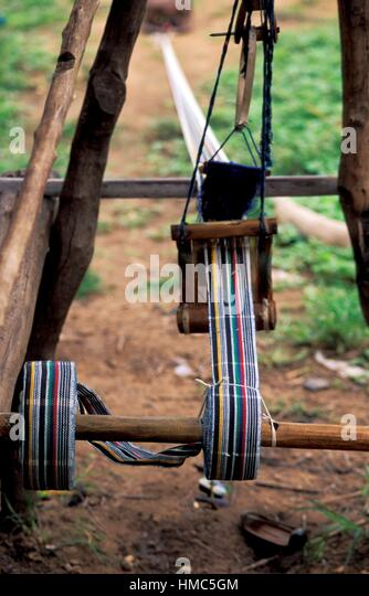 Weaving of Fugu in Daboya, a village in the West Gonja district, a district in the Northern Region of north Ghana. - Stock Image