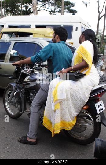 Bangalore it girl rides his boyfriend 3