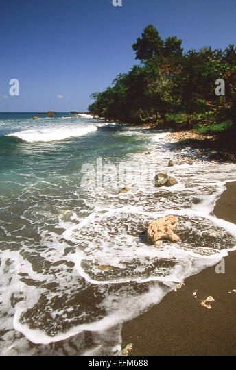 Nik wheeler jamaica stock photos nik wheeler jamaica for Black sand beach caribbean