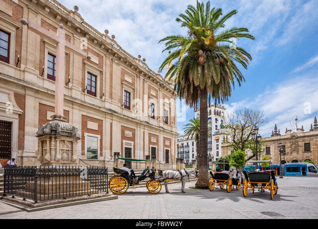 Spain, Andalusia, Province of Seville, Seville, carriages at the Archivo de Indias, the General Archives of the - Stock Image