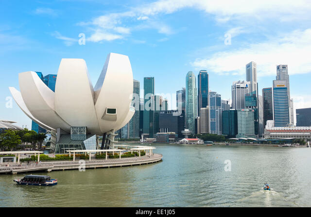 Science Museum and Singapore skyline, Singapore, Southeast Asia, Asia - Stock Image