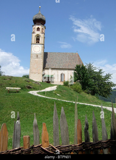Italy, Alto Adige, Fie allo Sciliar, Church of San Costantino - Stock Image