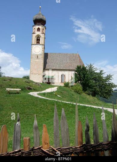 Italy, Alto Adige, Fie allo Sciliar, Church of San Costantino - Stock Image