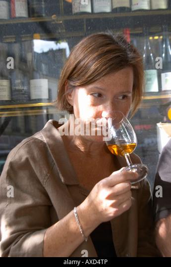 Britt Karlsson, BKWine, in Paris Cave Auge wine shop Paris, France. - Stock Image