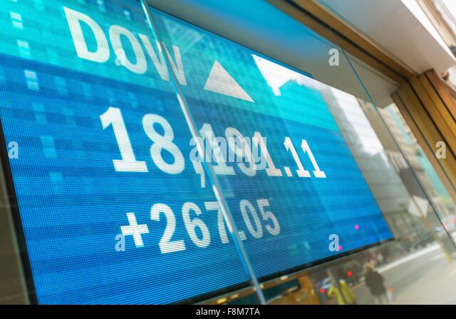 Japanese currency data screen in window, New York, USA - Stock Image