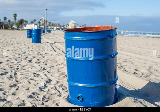 ocean trash stock photos ocean trash stock images alamy. Black Bedroom Furniture Sets. Home Design Ideas