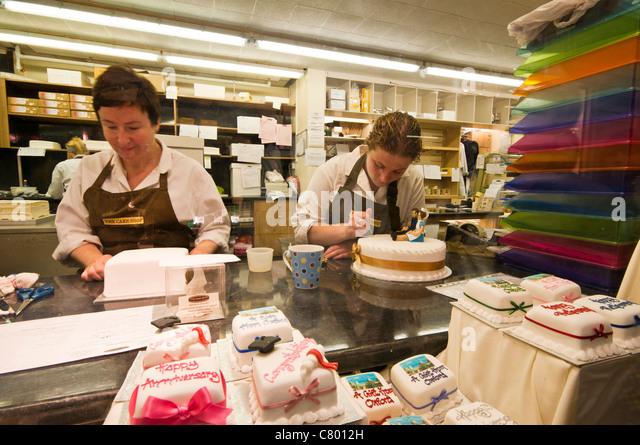 Cake Shop In Morden