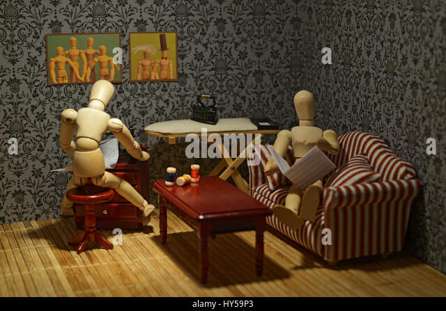 The life of the wooden figures - Family living, daily life - Stock-Bilder