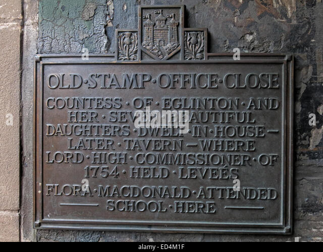 Old Stamp Office Close - detail of plaque, off Royal Mile, Edinburgh City, Scotland, UK - Stock Image