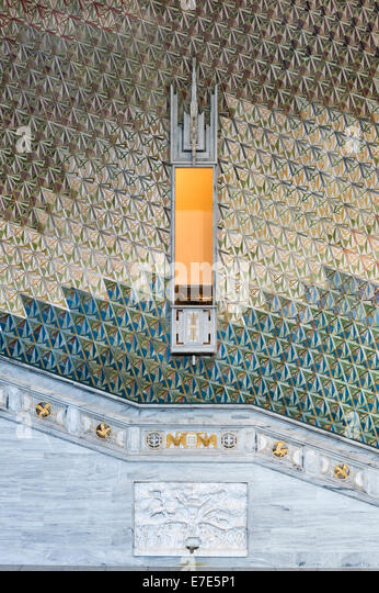 Grand Foyer And Rear Of Auditorium Of Allen Place In Montreal : Stair hall stock photos images alamy