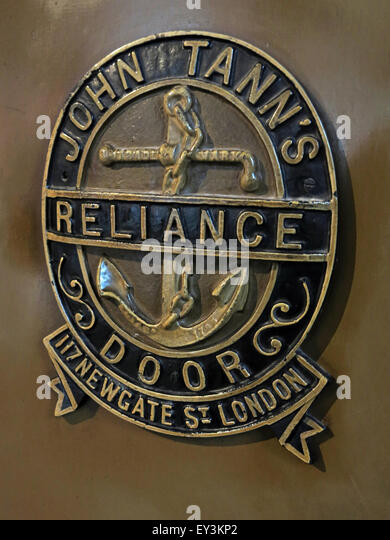 John Tanns safe, Reliance Door, 117 Newgate St, London, England, UK - Stock Image