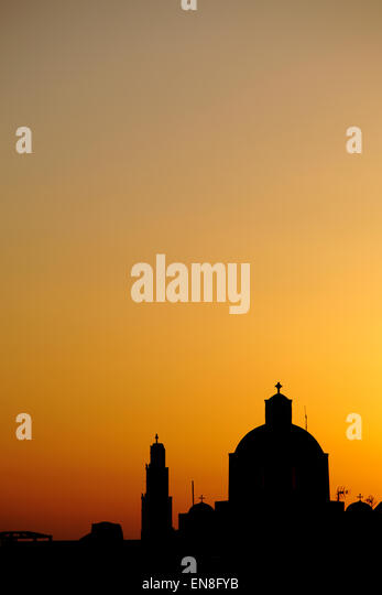 Silhouette of Orthodox Church in Santorini, Greece - Stock-Bilder