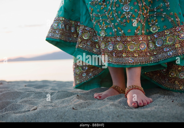 hindu single women in grover beach 7 places to find girls in bali  chances are also that you or someone else you know has been treated by an indian doctor or is a colleague of an indian engineer.