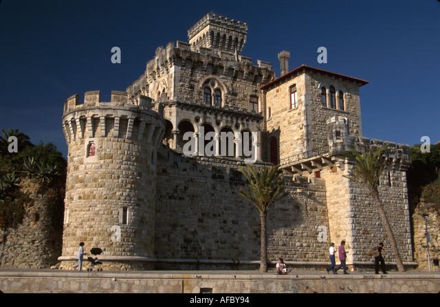 Portugal Estoril Atlantic coast mansion shoreline promenade - Stock Image