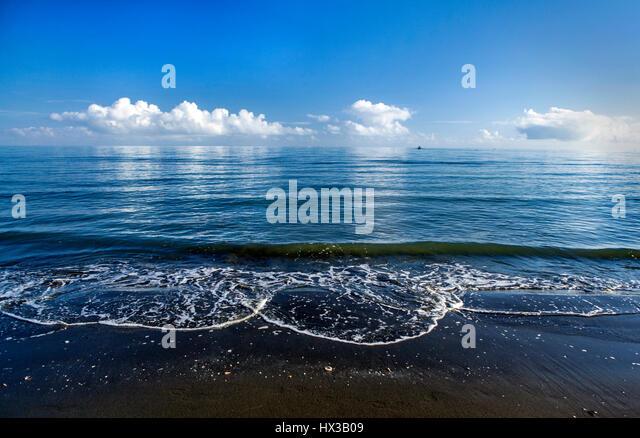 blue ocean clouds scenic - photo #17