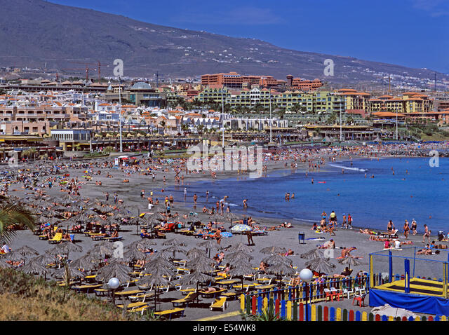 Holidaymakers spain stock photos holidaymakers spain stock images alamy - Sitges tourist information office ...