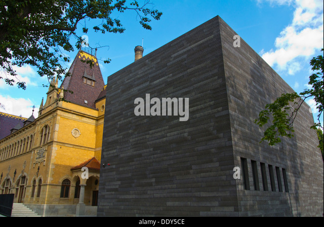Extension of the Lazne art gallery housed in Franz Josef Bad building Liberec city Krajský soud region north - Stock Image