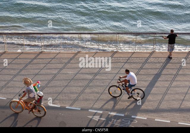 Israel, Tel Aviv, Lahat Promenade near the harbour - Stock Image