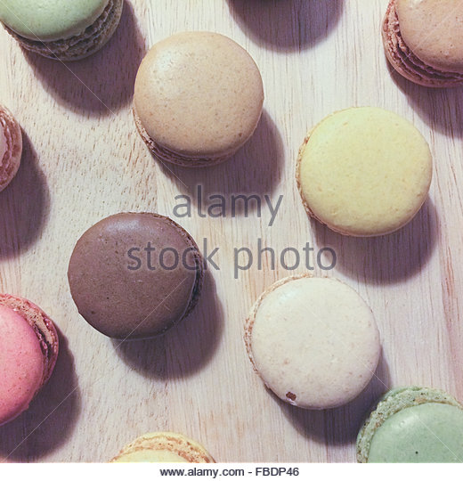 Close-Up Of Multi Color Macaroons On Table - Stock-Bilder