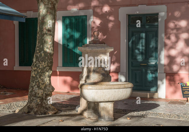 Fountain in Sanary sur Mer, French Riviera,  Cote d Azur, France - Stock Image