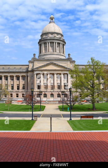 usa-state-kentucky-frankfort-ky-capitol-