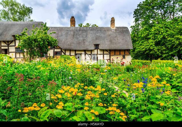 Anne Hathaway's thatched cottage, Newlands, Stratford-upon-Avon, Warwickshire - Stock Image
