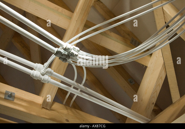 how to join pvc water pipe on roof space