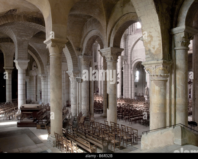 Poitiers, Saint-Hilaire, Blick vom südlichen Querhaus nach Nordwesten - Stock-Bilder