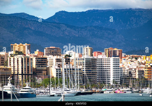 apartments overlooking the marina and port in the city of palma on the balearic island of mallorca majorca, spain. - Stock Image