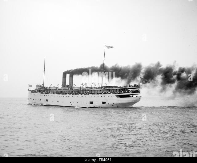 SS Eastland passenger ship - Stock-Bilder