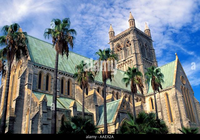 Bermuda Cathedral in Hamilton horizontal blue sky palm trees - Stock Image