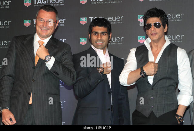 Jean Christophe Babin Shah Rukh Khan Karun Chandhok launch TAG Heuer Monaco Grand Prix Limited Edition Chronograph - Stock-Bilder