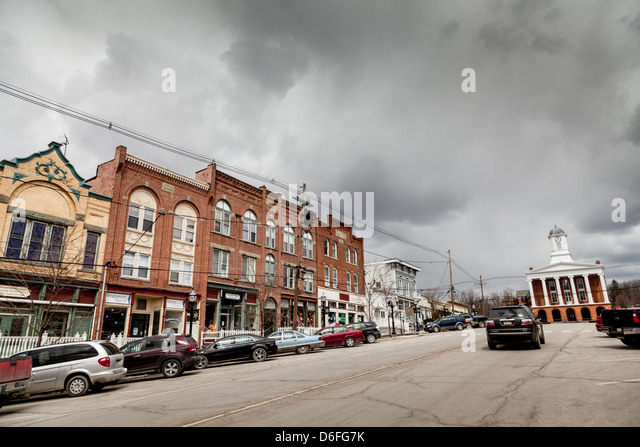 Business district and Susquehanna County Courthouse, Montrose, Pennsylvania - Stock Image