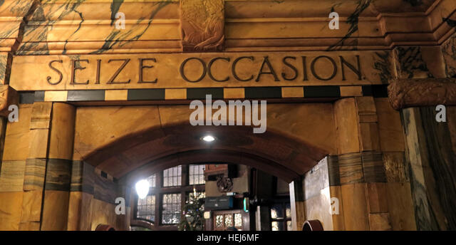 The Black Friar, Blackfriars, London, England, UK at night- Seize Occasion - Stock Image