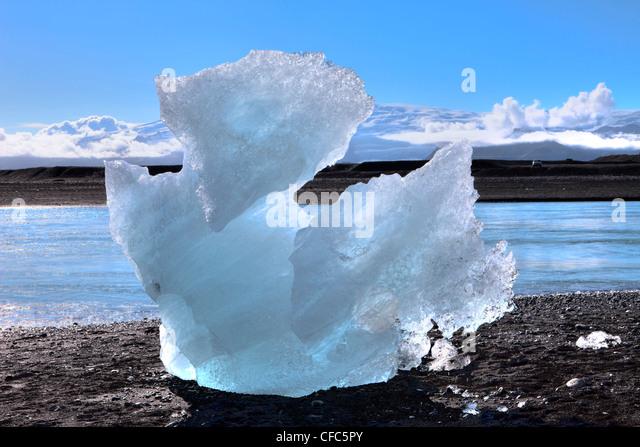 Stranded Iceberg, Joekulsalon Beach, Iceland - Stock Image